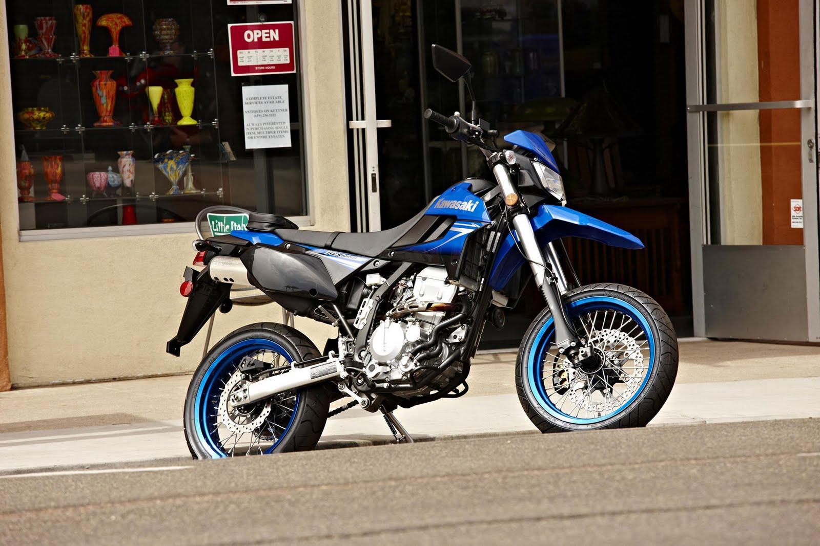 http://4.bp.blogspot.com/_FpGcbrYTyDw/S_FrWpDiURI/AAAAAAAAA6g/o9hpPS5C7XY/s1600/2010+Kawasaki+KLX250SF+side.jpg