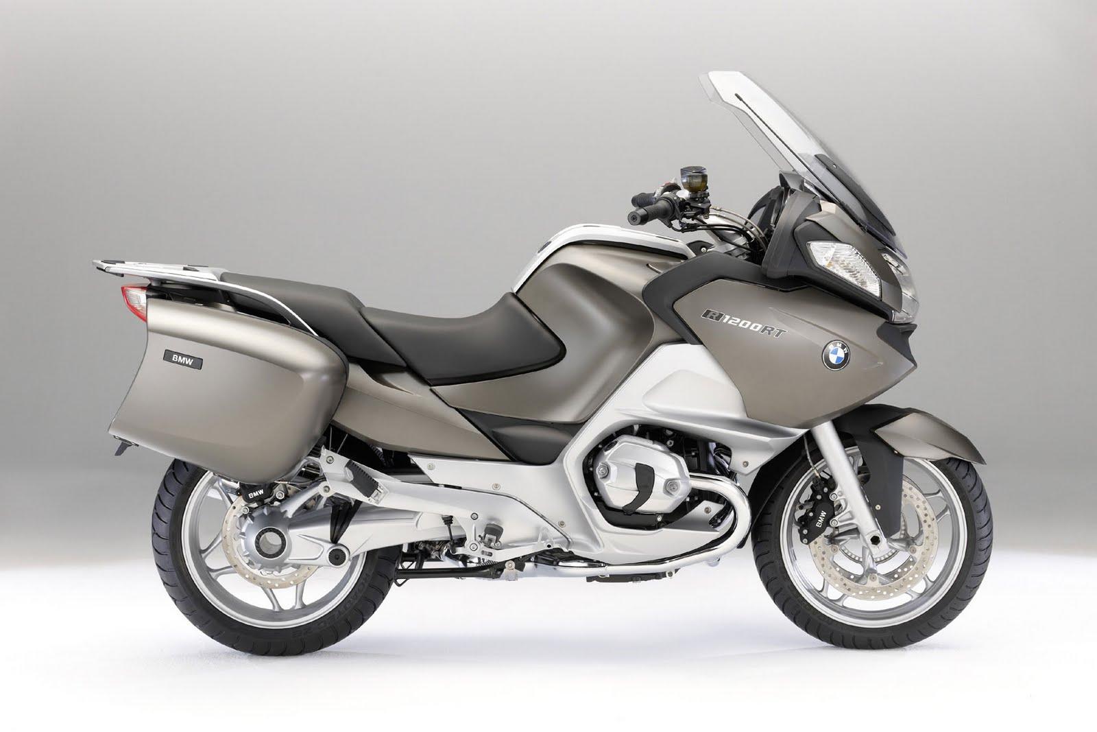 http://4.bp.blogspot.com/_FpGcbrYTyDw/TEZ5aqClQGI/AAAAAAAAA-Y/y9ZGbFMVkCY/s1600/2010+BMW+R1200RT+side1.jpg
