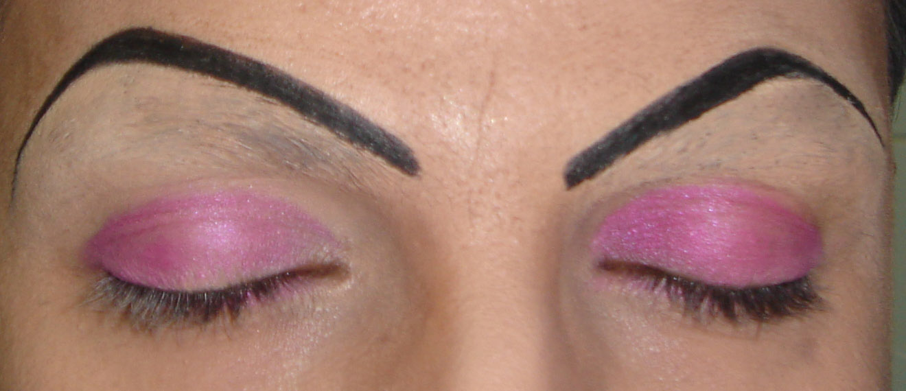 how to make your eye lid go up