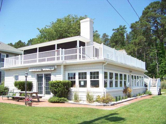 Deltaville blog virginia 39 s chesapeake bay sand beach for Beach houses on the east coast