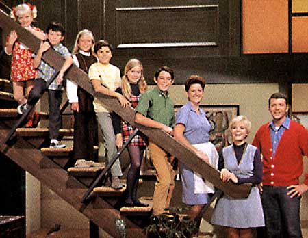 brady bunch onstairs s Tags: barefoot tween girls, chubby teens, fourteen naked, hot blonde teen .