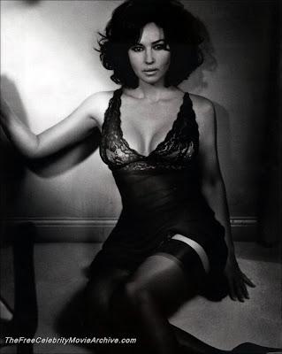 Watch Monica Bellucci Hot : Click HERE