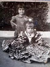 MI HERMANA Y YO EN 1958