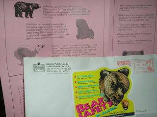 Brinde Gratis Adesivo 'Bear Safety in Alaska'