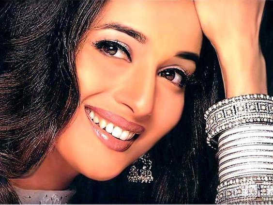 Labels: Madhuri Dixit Wallpapers