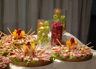 Todo para sus fiestas mesas de fuentes quesos y pasapalos - Mesa de quesos para bodas ...