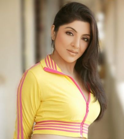 hot actresses pictures and gossips locket chatterjee