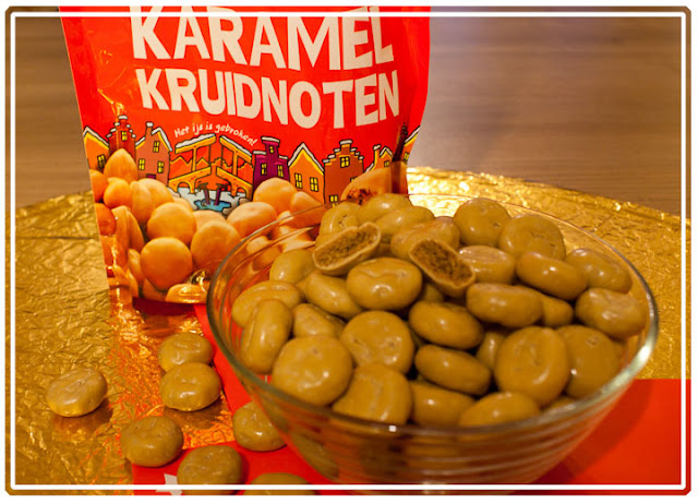 : Karamel Kruidnoten – tiny round, hard cookies spiced with ginger ...