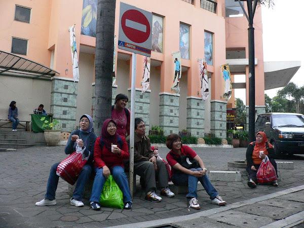 city Tour Bandung/Outlet Riau