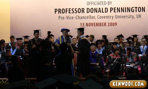 graduation receive