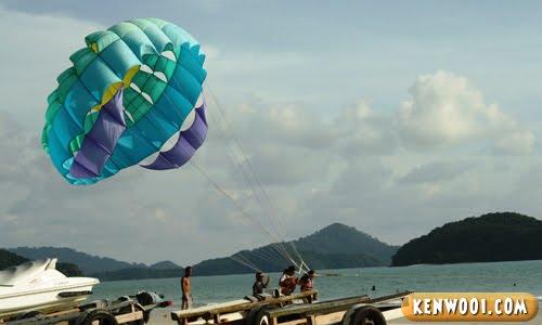 parasailing takeoff