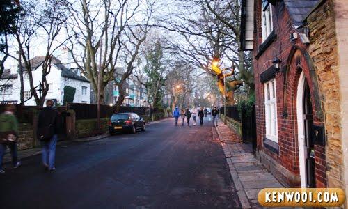 leeds hostel road
