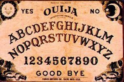 La Ouija Virtual http://www.diviernet.com/2009/03/tabla-ouija-virtual.html