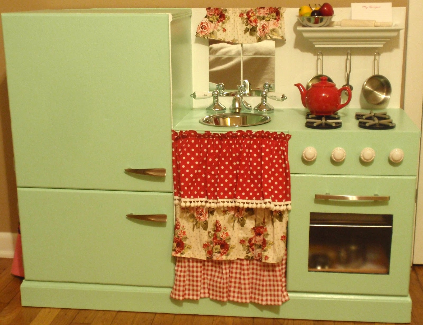 Homemade Play Kitchen Similiar Make A Play Kitchen Keywords