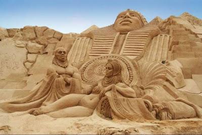 Unbelievable Sand Sculptures Seen On www.coolpicturegallery.net