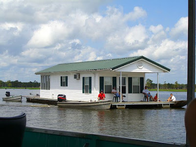 Houseboat flood