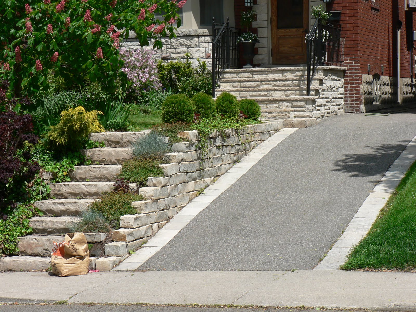 Total Home Contractors Ltd: Driveways and Landscaping