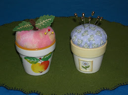 Little Flower Pot Pincushions