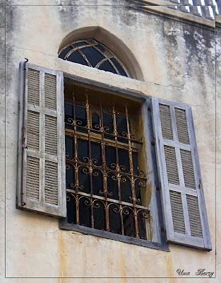 окно арабской архитектуры