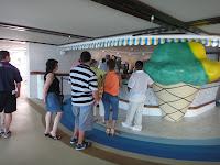 Free ice cream on the cruise