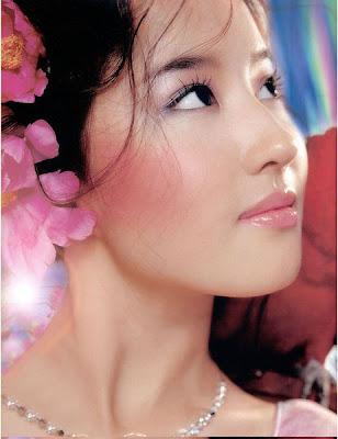 http://4.bp.blogspot.com/_G1M-28vLBtI/SLwq-B9BvVI/AAAAAAAAABE/aKGP3OrSZWQ/s400/Liu-Yifei9.jpg