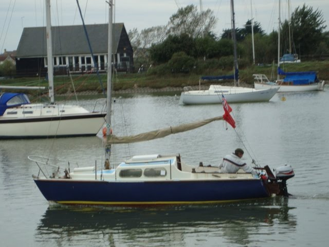 Alacrity sailboat: September 2007