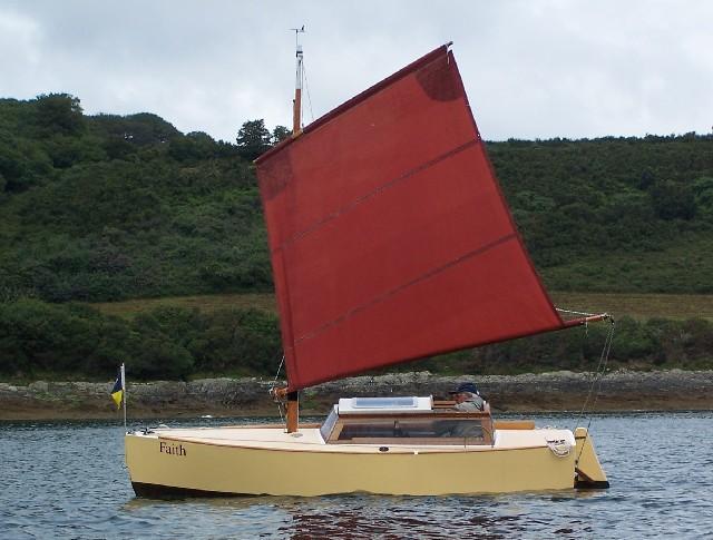 [Imagen: f_sailing.jpg]