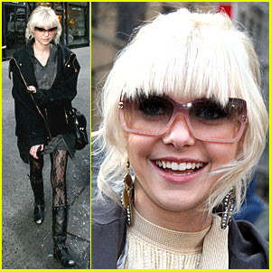 taylor momsen fashion 2011