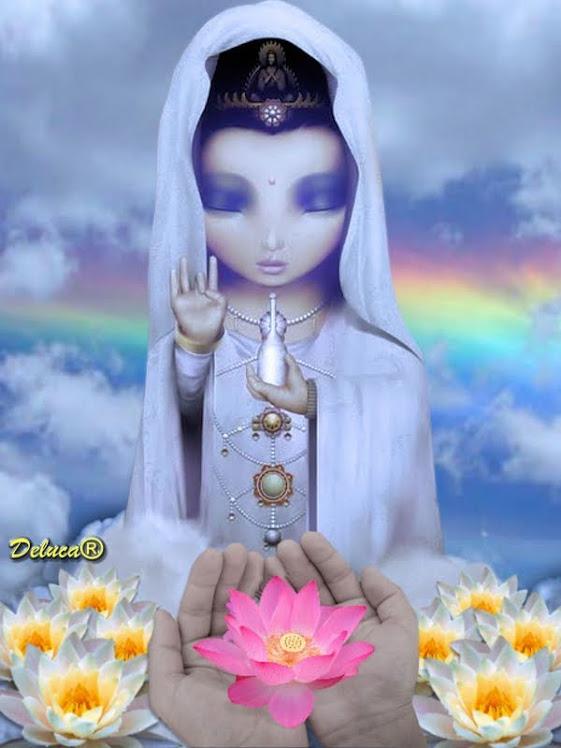 Namastê ! ! !O Deus que habita em mim saúda o Deus que habita em vcs. ( arte: Deluca )