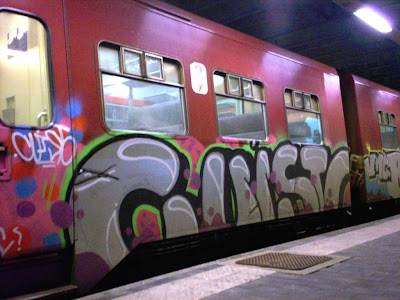 Cuisto train graffiti
