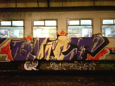 Quiet graffiti