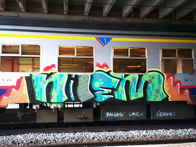 graffiti, graffiti art, art crimes, artcrimes, art crimes store, aerosol, spraypaint, trains, trens, pintadas, rakugaki, hiphop, hiphoperos, ferrocarril, lowbrow, cargeros, style writing, spraycans, writers, wildstyle, wall writing, aerografia, sprueher, spuiter, gallery, galleries, bombing, grafitti, grafiti, graffiteros, spraykunst, skrivare, kreffetie, straatkunstenaars, spraycan art, graffitti, graphiteur, grafiteiros, sprayburk, graphitti, scritor, sprayburkar, spraydosen, sprayer, kunstler, grafite, murals, tagueurs, glyptology, murales, sprayangriffen, murals, subways, graffitty, graffeur, graphiti, sgraffiti, sgraffito, walls, muurschilderkunst, hiphop, characters, caps, tips, nozzles, outlines, tagging, throwups, street art, post graffiti, pure graffiti, spraytips, graffiti shirts