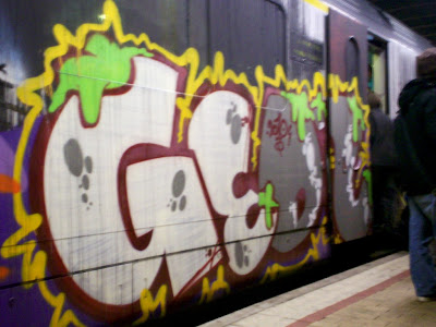 Halloween rail graff
