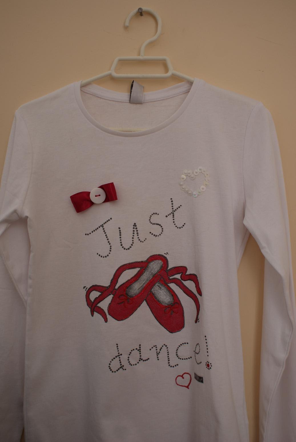 abb99cc1ebda Ένα μπλουζάκι για την Βουλίτσα