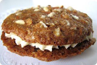 Snooky doodle Cakes: Inside-out carrot cake cookies