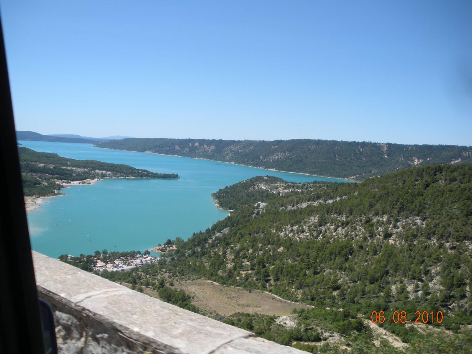 Le blog de ahmed hanifi litt rature quotidien etc 217 for Camping au bord du lac de sainte croix avec piscine