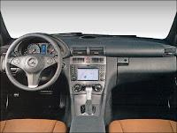 Intérieur de la Mercedes CLC.