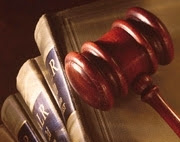 Les textes de loi.
