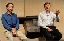 Rick Rashid et Bill gates lors d'un Symposium sur les technologies à Redmond en 2003.