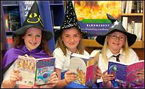 La série littéraire Harry Potter a été un succès incontesté auprès des enfants et des adolescents. Les adaptations pour le cinéma reçurent le même accueil enthousiate. Document Sheffieldguides UK.