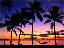Coucher de Soleil sur l'île de Denarau, aux Fiji. Document Digiocto.