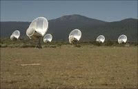 Une partie des radiotélescopes du réseau ATA. Document UCB/Institut SETI.