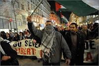 Manifestation en Europe contre les raids israéliens sur Gaza.