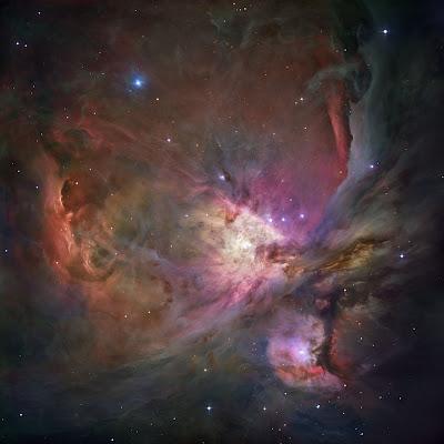 Image composite de M42 réalisée par le Télescope Spatial Hubble pour le DSS Consortium (2007). Document STSci.