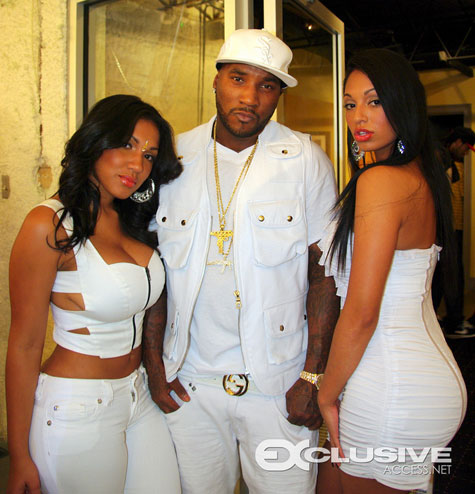 The Rabbit S Rabbit Young Jeezy All White Everything