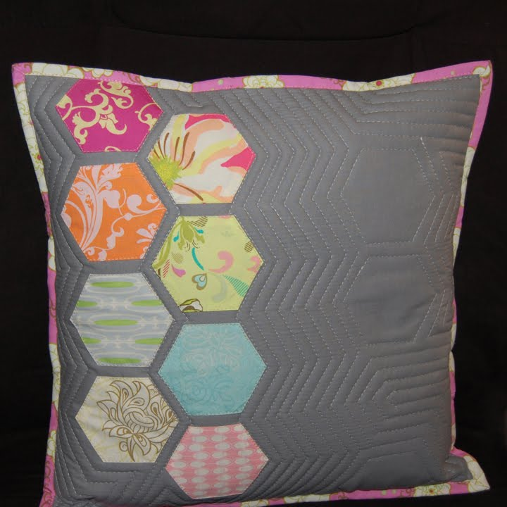 ReannaLily Designs Blog: Modern Hexagon Quilted Pillow Tutorial