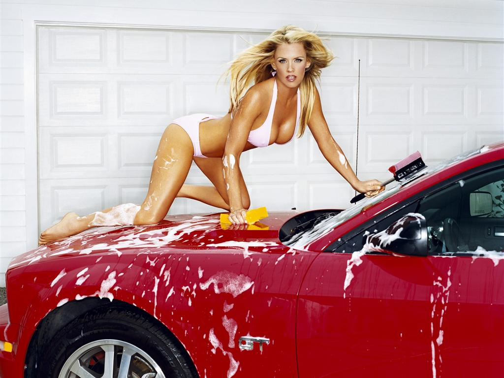 Sexy girls fast cars