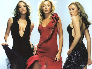 FAMOUS EUROPE POP GIRLS: ATOMIC KITTEN PICS