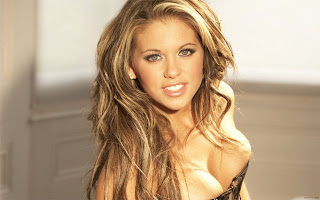 BRITISH GLAMOUR MODEL BIANCA GASCOIGNE SEXIEST PICTURES