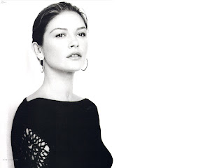 50 HQ WALLPAPERS OF BEAUTIFUL CATHERINE ZETA JONES